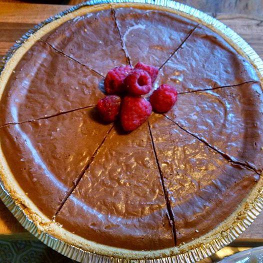vegan no-bake chocolate pie