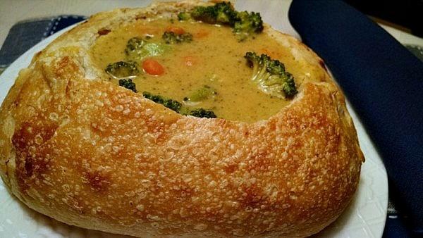 vegan broccoli soup in bread bowl