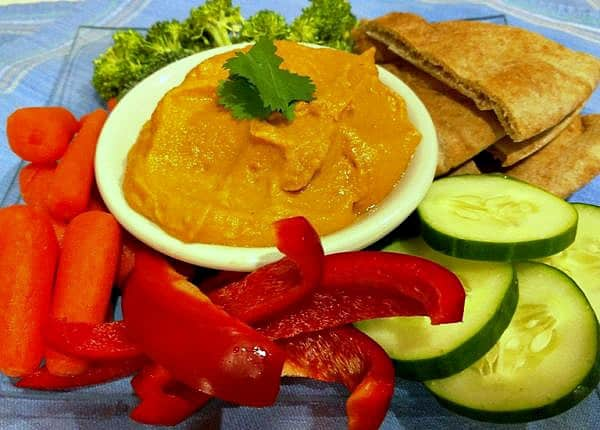 oil free Hummus with Roasted Red Pepper