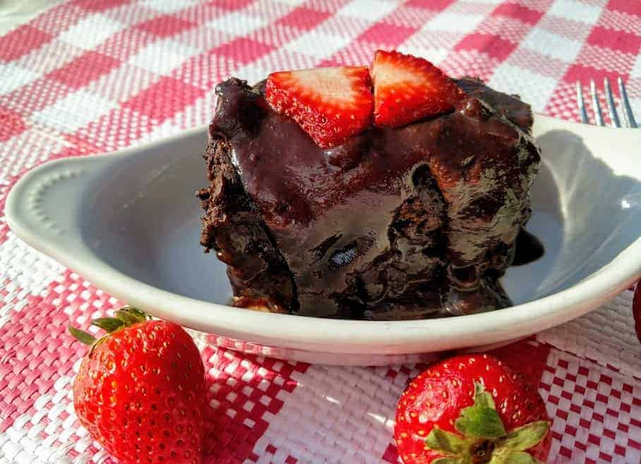 crock pot chocolate dump cake with strawberries